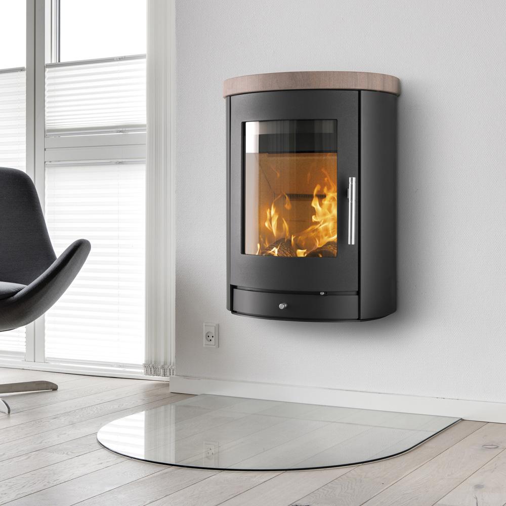 Kamin ger ljus och värme i höstmörkret — HusExtra