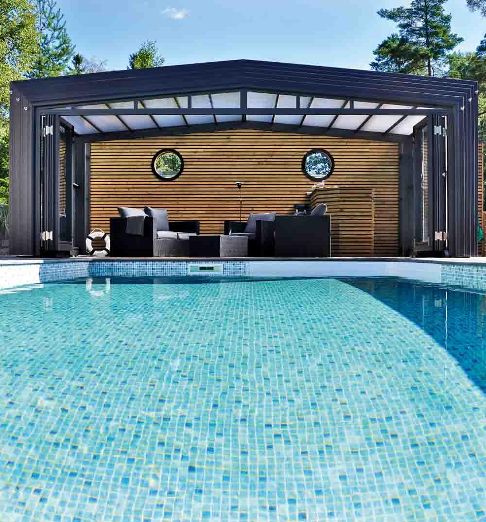 Prima Swimmingpool är för många en lyx att ha på sin egen tomt — HusExtra ZZ-48