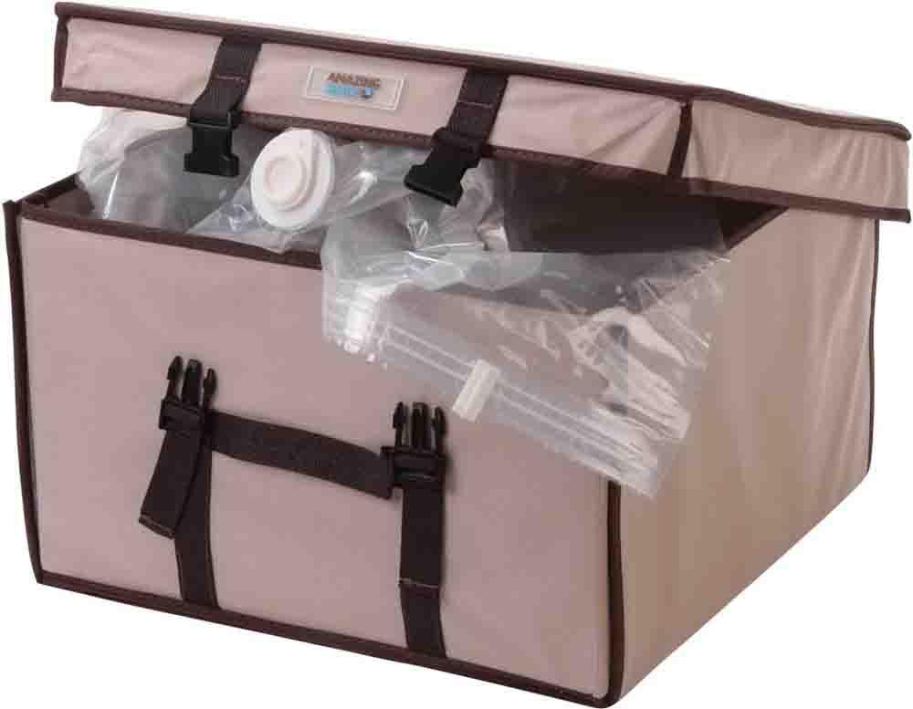 Vakuumpåsen Deluxe kan du förvara kläder, filtar och kuddar på ett ypperligt sätt. Du tar bara dammsugaren